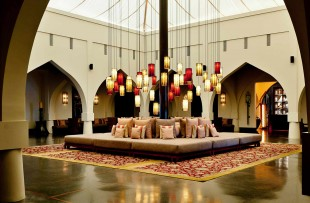 1600-The-Chedi-Muscat-Lobby-351480